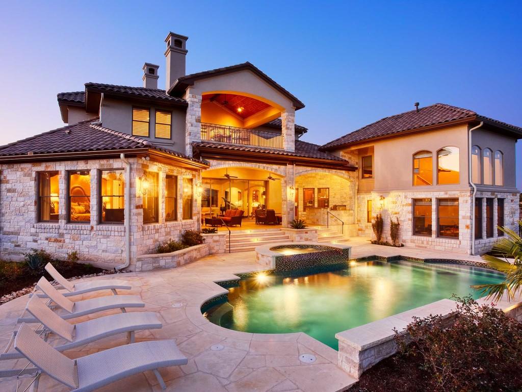 PORTFOLIO-Texas-Hill-Country-Contemporary-5358-Rear-Elevation